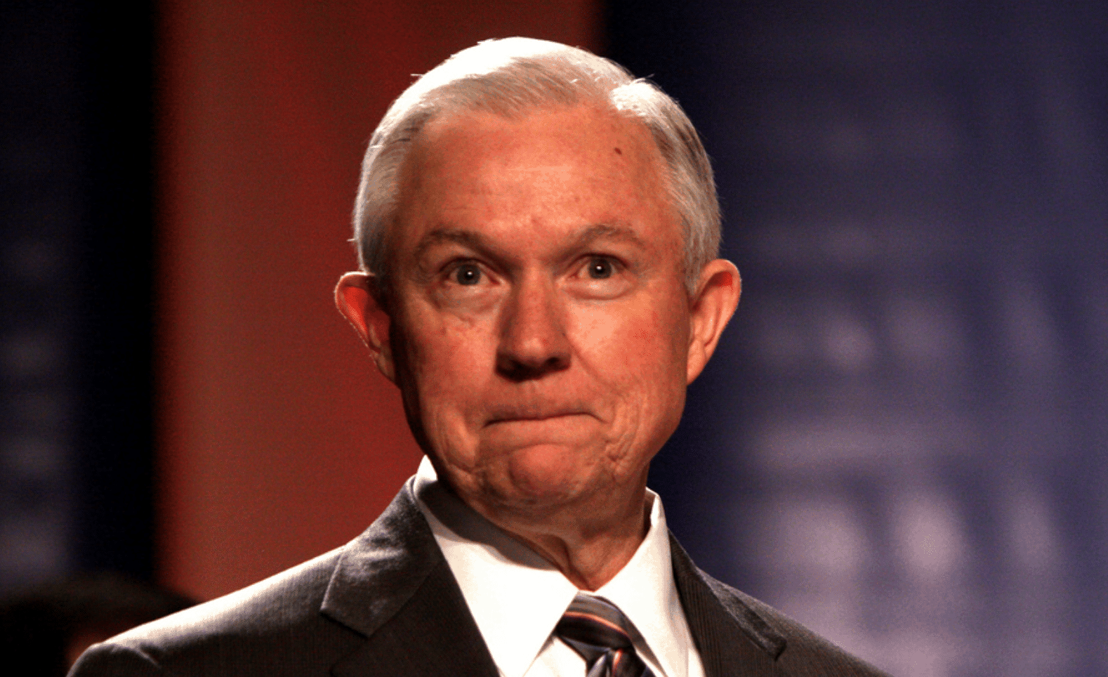 Judge Threatens to Hold Jeff Sessions in Contempt, Tells DOJ to 'Turn the plane around' After Mother is Deported