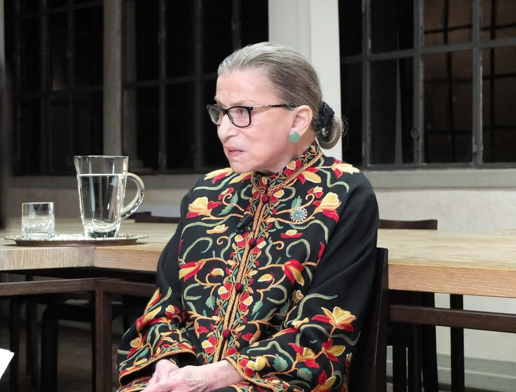 Ruth Bader Ginsburg has two malignant growths removed from lung