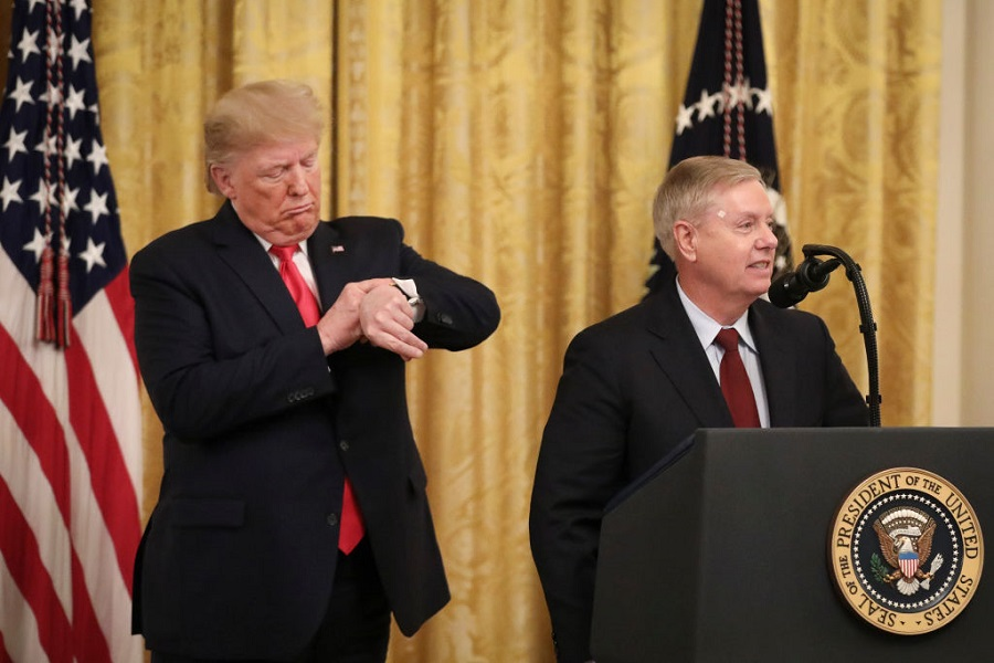 Trump vs Graham on Obama testimony