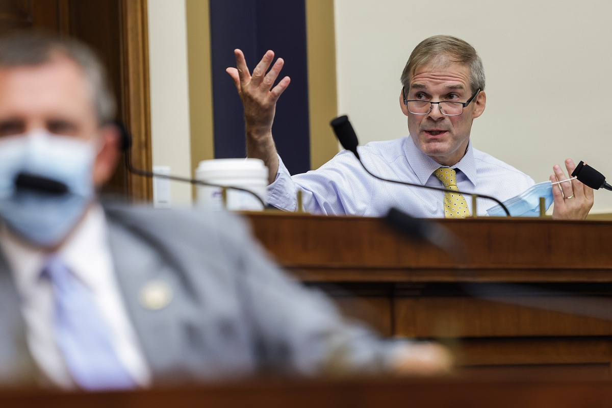 Jim Jordan still won't keep his mask on