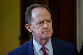 Senator Toomey wasn't supposed to 'do the right thing' says official